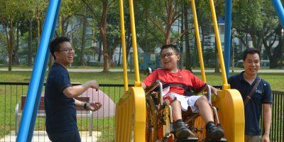 Игровая площадка для детей с ограниченными возможностями открылась на Елагином острове