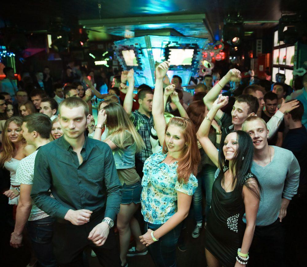 Санкт для лучшие в петербурге знакомства клубы